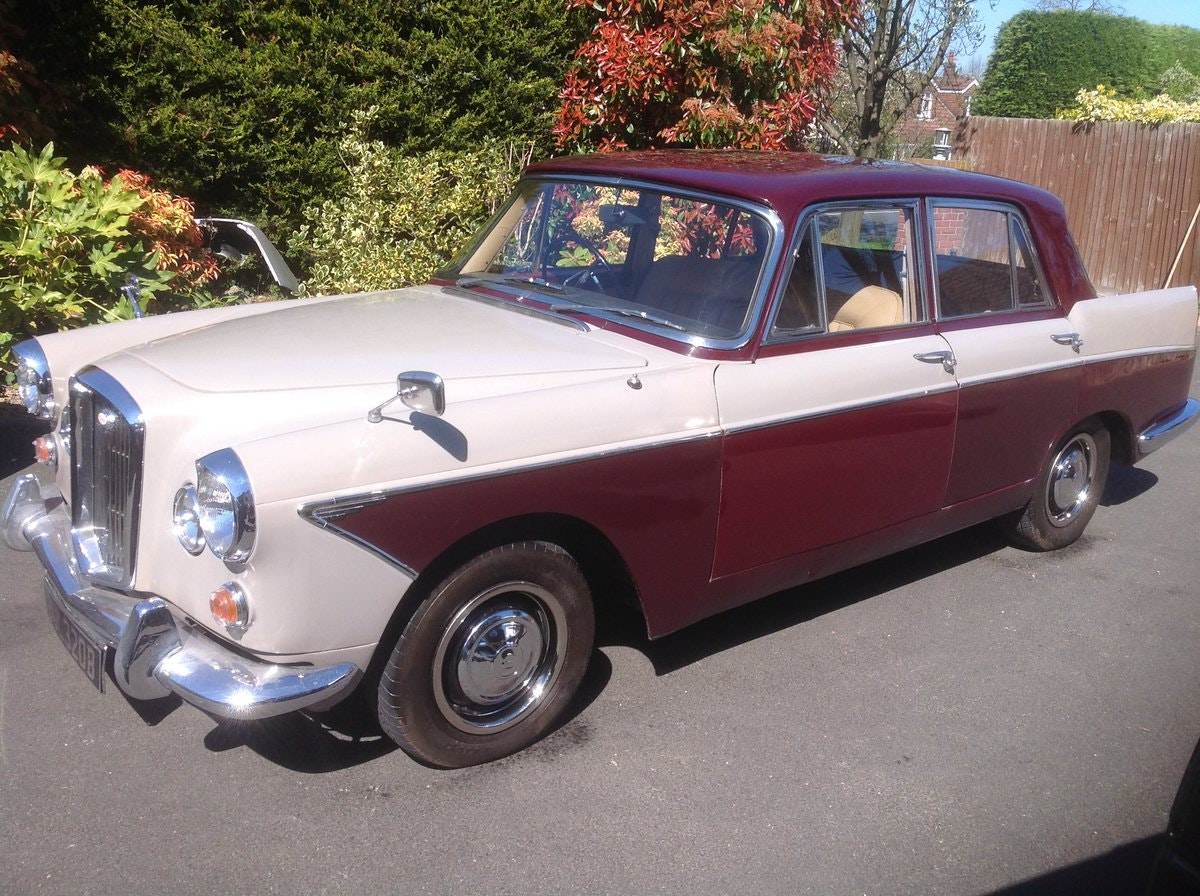 1964 Wolseley 6/110 Auto For Sale (picture 2 of 12)