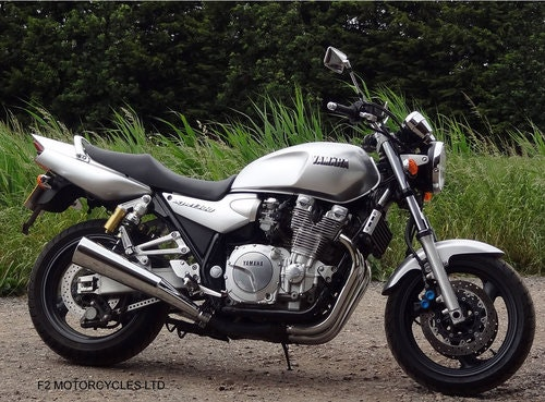 2001 Yamaha XJR1300 Totally Original, v.low mileage, A1 condition SOLD (picture 5 of 6)