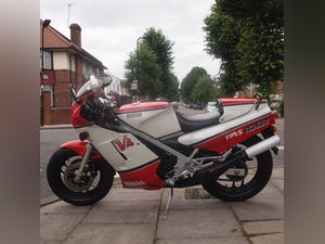 1985 Yamaha RD500 LC YPVS Low Mileage, Beautiful, Immaculate. For Sale (picture 6 of 12)