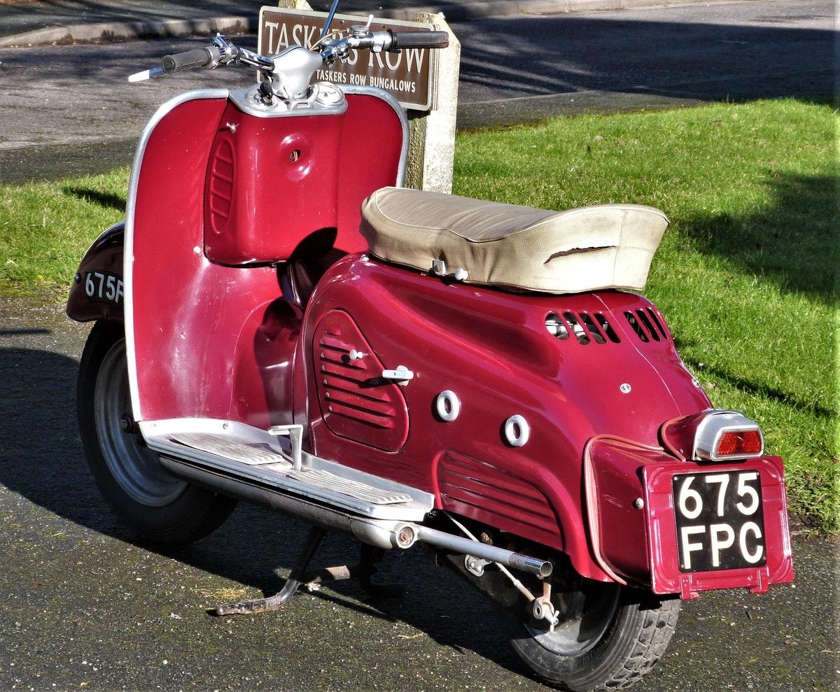 1958 Zundapp Bella 154 Electric Start NOW SOLD For Sale (picture 2 of 6)