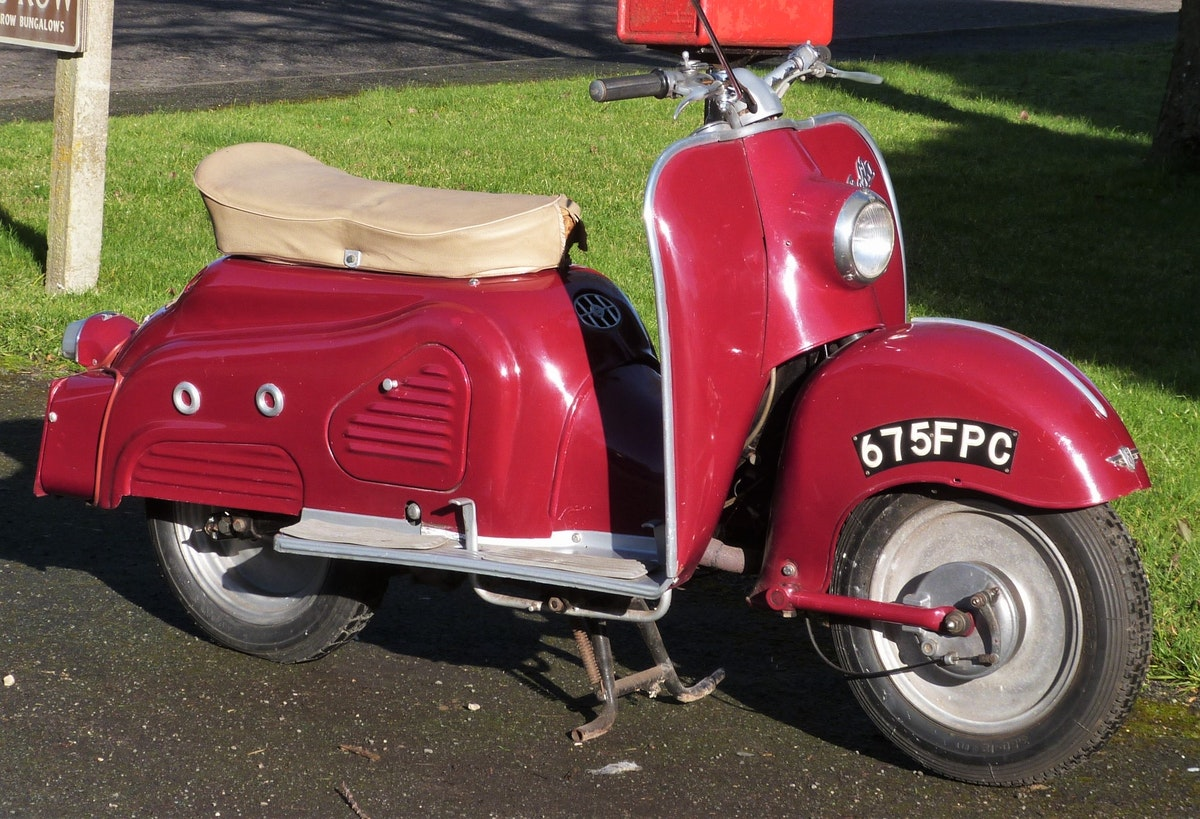 1958 Zundapp Bella 154 Electric Start NOW SOLD For Sale (picture 4 of 6)