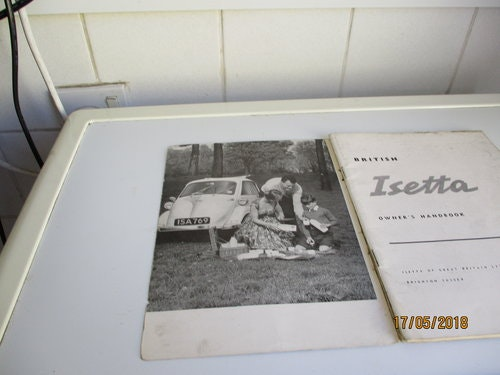 Isetta Owners Handbook For Sale (picture 1 of 3)