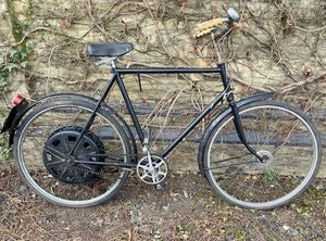 Picture of 1951 Cyclemaster 25cc fitted to gentlemans Rudge bicycle SOLD