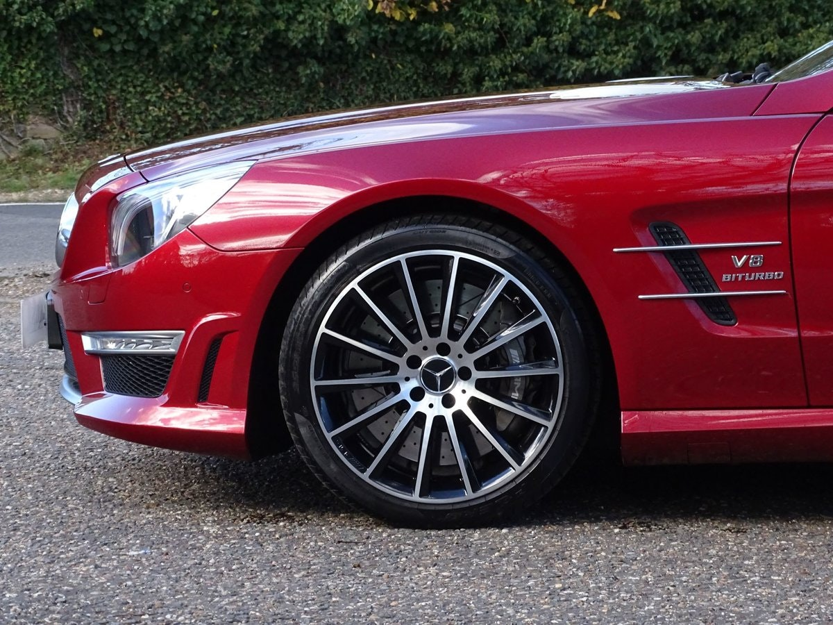 201464 Mercedes-Benz SL 63 AMG SOLD (picture 6 of 20)