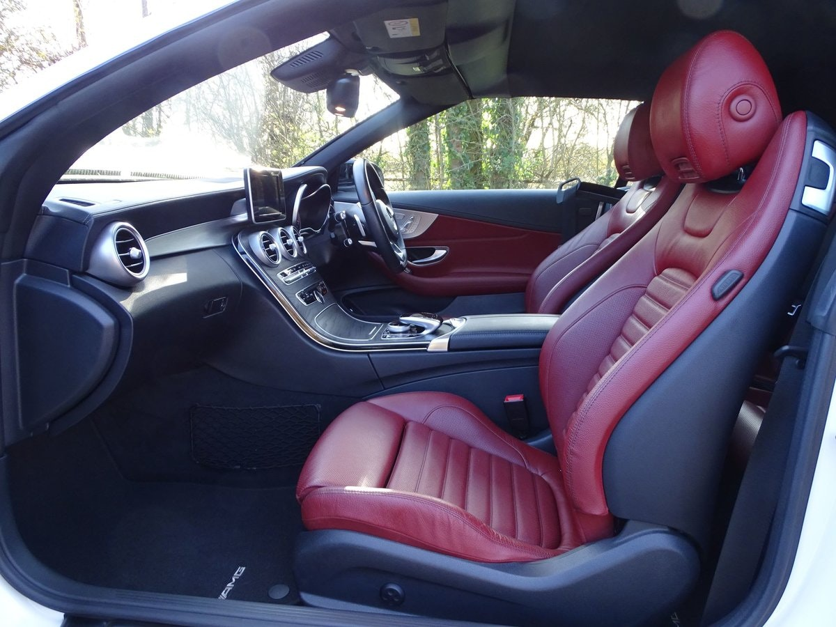 201666 Mercedes-Benz C43 AMG SOLD (picture 3 of 20)