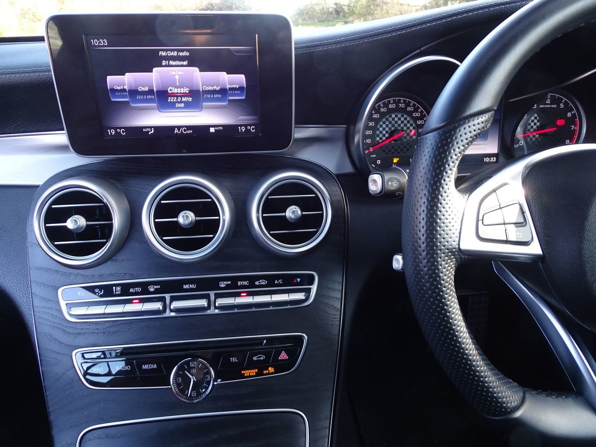 201666 Mercedes-Benz C43 AMG SOLD (picture 9 of 20)