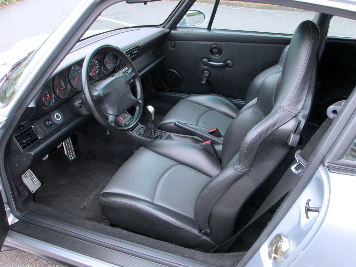 1995 Porsche 993 Carrera RS 3.8 Lightweight very Rare $379k For Sale (picture 3 of 6)