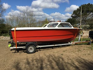 Fishing boat 18ft For Sale (picture 1 of 1)